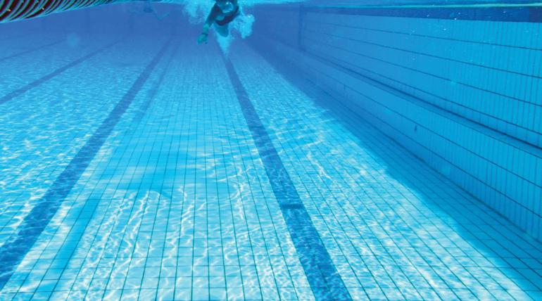 Tratamento para piscina: qual a importância de realizar o tratamento de água com ozônio?